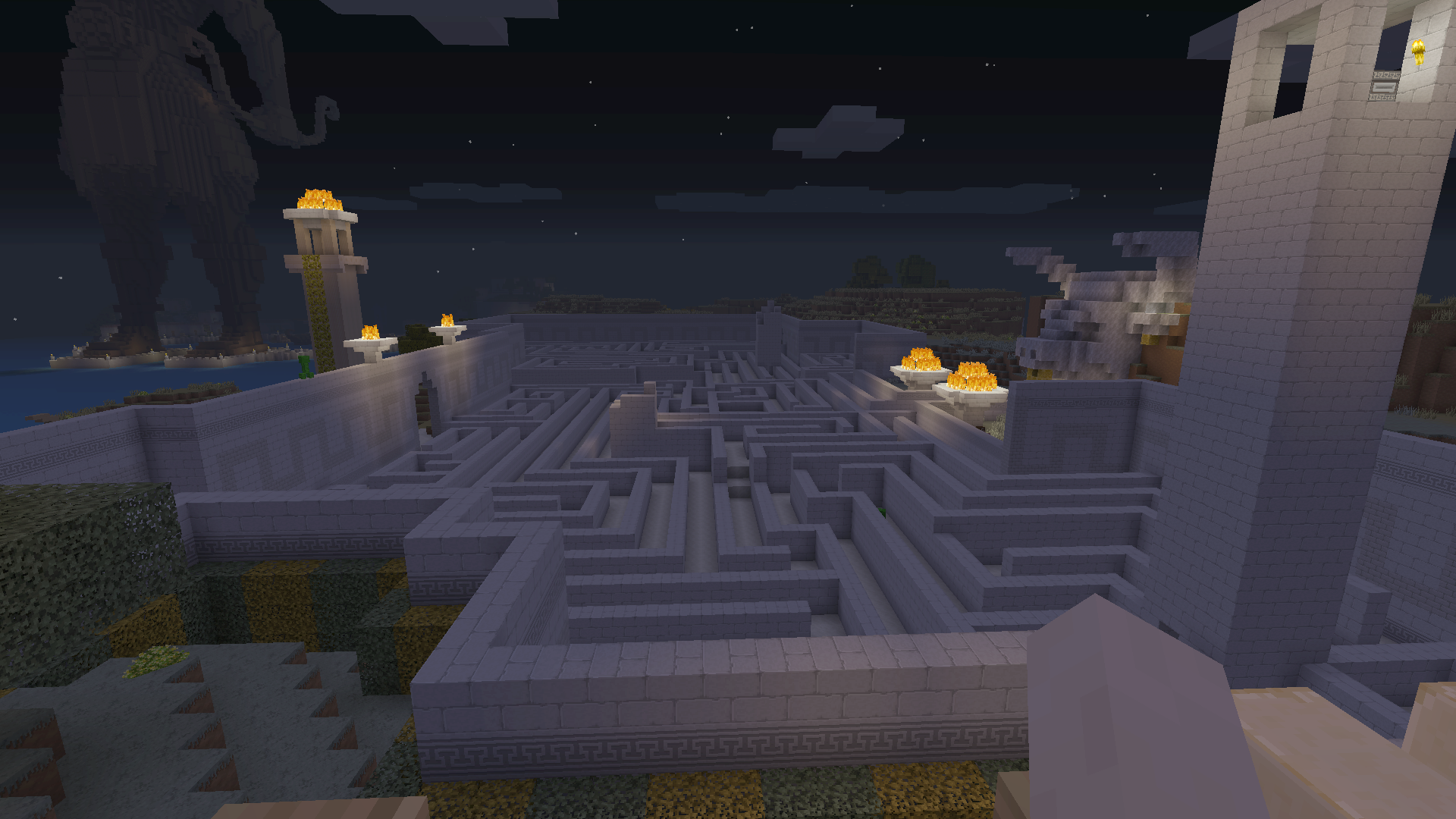 This Minecraft Labyrinth is a piece of cake